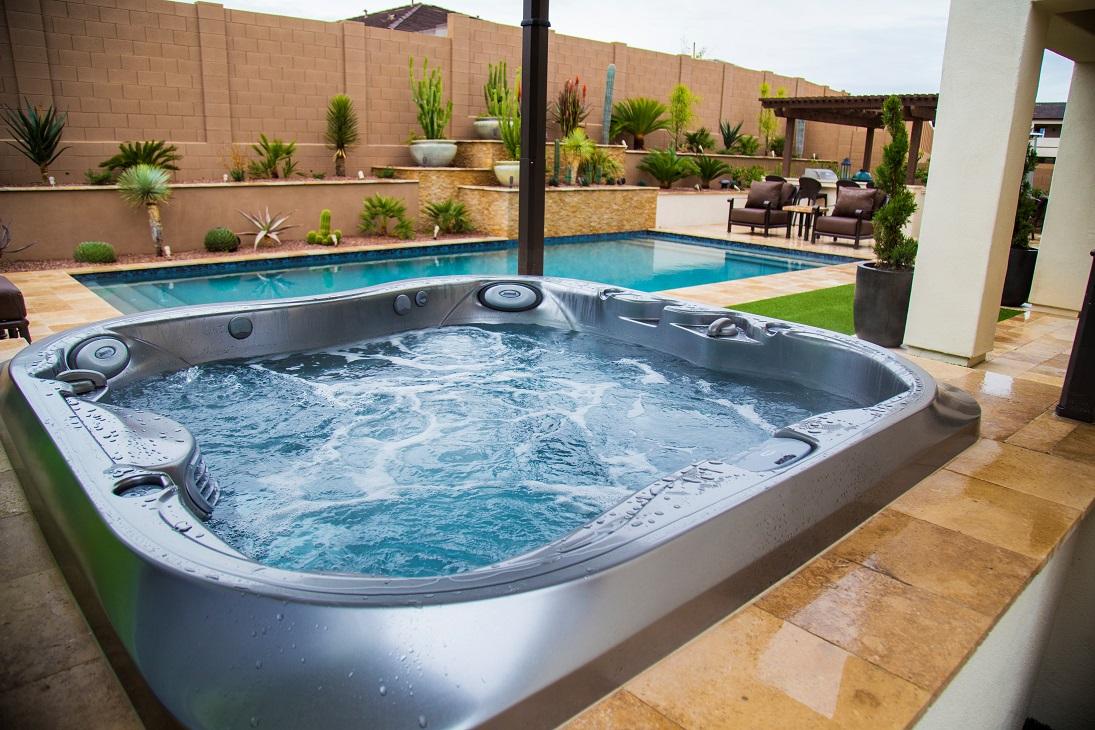 Imagine Backyard Living Hot Tub Spa Jacuzzi Sundance (19)